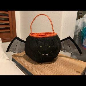 Halloween PotteryBarnKids Felt bat puffy treat bag